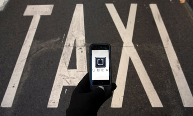 Uber and taxi drivers may get more flexible licences in Western Australia