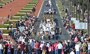 Australian defence force personnel who served in Afghanistan as a part of Operation Slipper are officially welcomed home in a parade in Canberra.