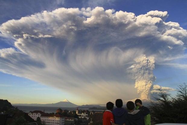 Calbuco volcano erupt, from Puerto Varas, Chile. Photograph: Carlos F. Gutierrez/AP