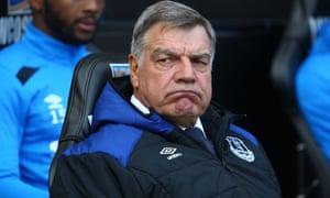 Sam Allardyce很生气埃弗顿要求球迷评价他作为经理的表现。