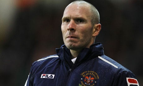 Blackpool's manager Michael Appleton did not take training on Thursday in the wake of an official approach for his services from Blackburn Rovers. - -Michael-Appleton--008