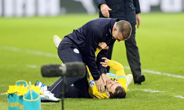 Nigel Pearson plays down drama after James McArthur touchline tangle