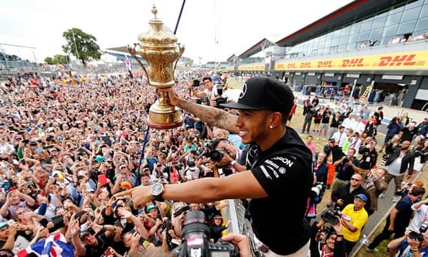 Lewis-Hamilton-shares-a-m-009.jpg?w=620&