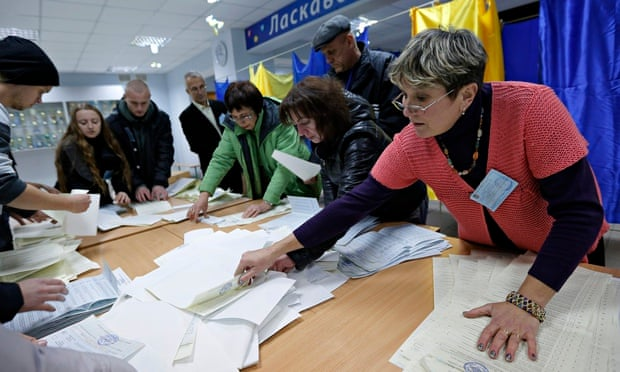 Election commission officials in Kiev