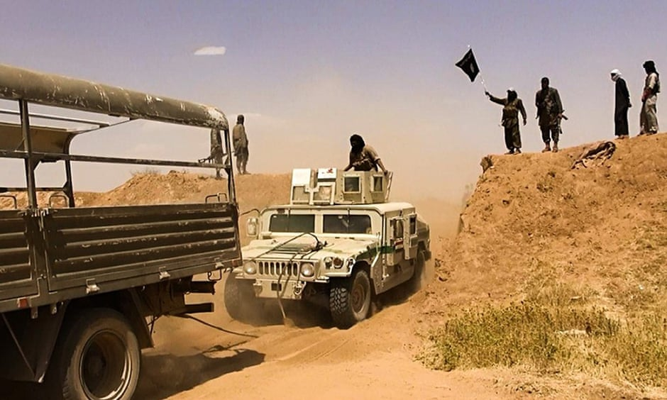 ISIS apparently breaching Syria Iraq border