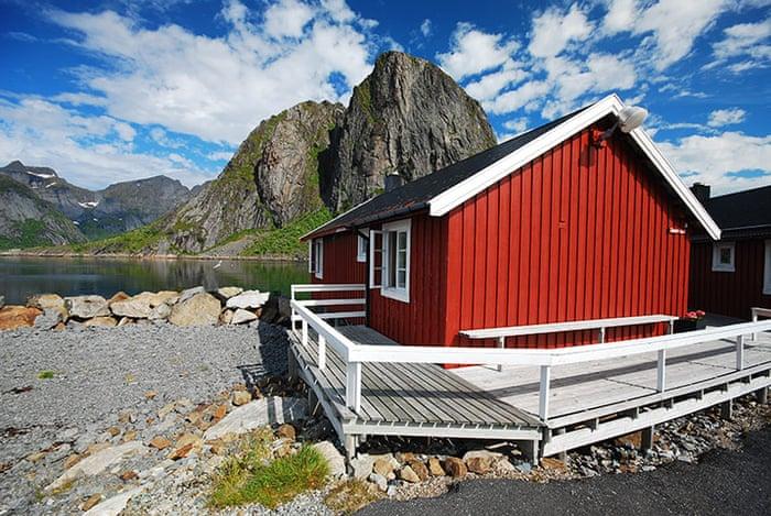 Rorbuer-Huts--Lofoten-Nor-015.jpg