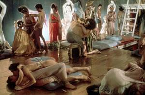 Caligula - Vidos Porno Gratuites - YouPorn