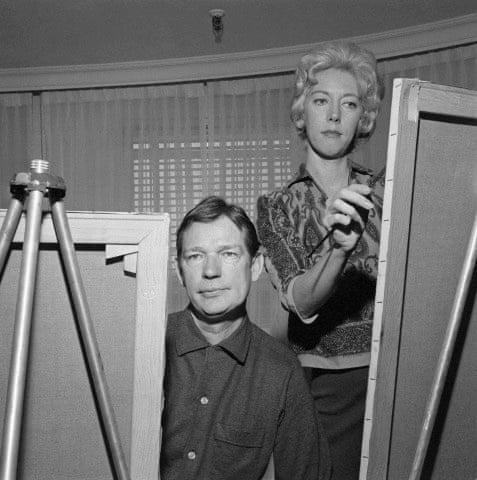 Walter and Margaret Keane work side by side in 1961.