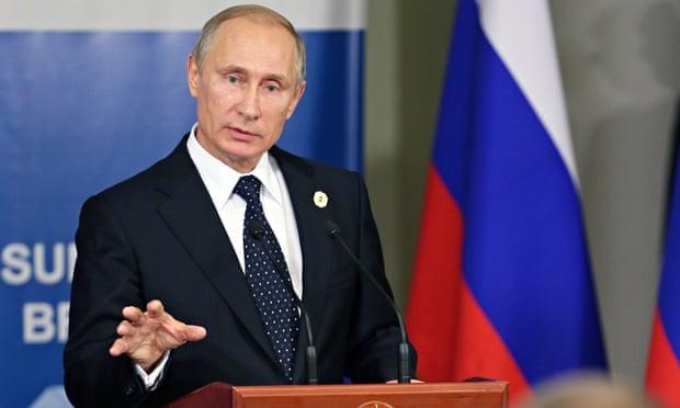 Vladimir Putin durante a cúpula do G20 em Brisbane. Em meio a críticas de vários outros líderes, o Rus