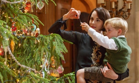 Downton Abbey Christmas special recap - it worked as retro festive wallpaper...