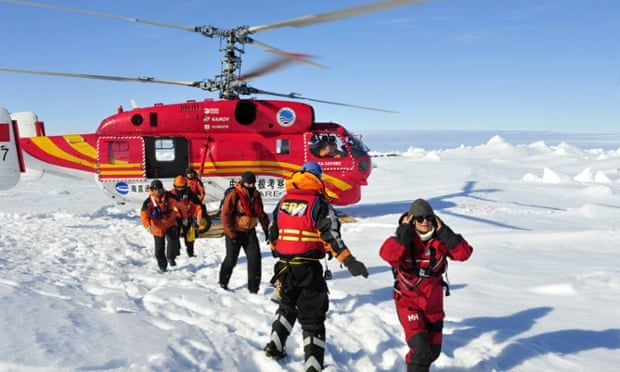 Passengers aboard Akademik Shokalskiy were successfully transferred by Chinese helicopter to the ice surface near Australian rescue ship Aurora Australis in January.