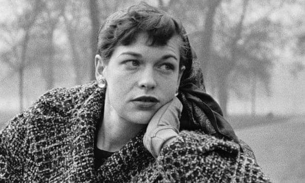 キャサリン・ホワイトホーン(Katharine Whitehorn)