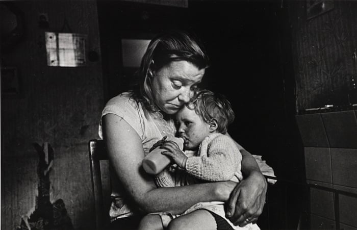 Make Life Worth Living: Nick Hedges' Photographs for Shelter, 1969-72 Mrs T and her family of 5 lived in a decaying terraced house owned by a steelworks. She had no gas, no electricity, no hot water, no bathroom. Her cooking was done on the fire in the living room. Sheffield, May 1969 © Nick Hedges / National Media Museum, Bradford Sent by simon.thompson@sciencemuseum.ac.uk 1983-5235_0116.jpg