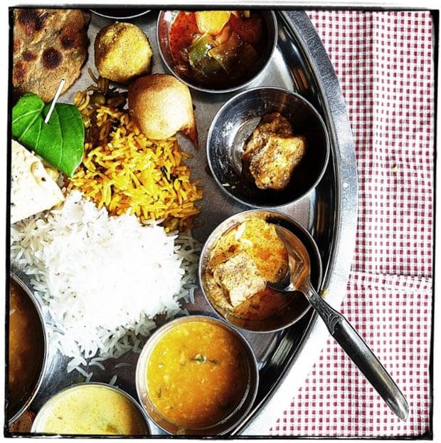 Gujarati thali at Rajdhani, Delhi