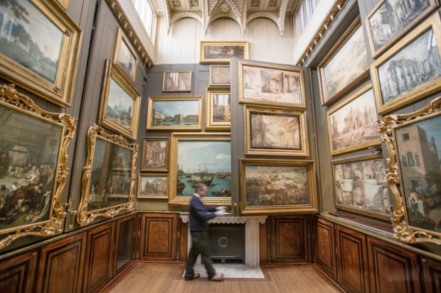 The Picture Room during a Sir John Soane's Museum, that has 6,500 objects on arrangement and binds 7,000 books and 37,000 drawings in a collection.