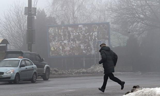 Украина: погибают мирные граждане от артиллерии в Донецке, так как повстанцы отменили мирные переговоры