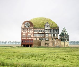 On the way to Kamtchatka Collaged buildings Matthias Jung