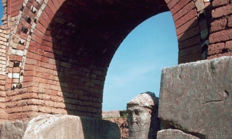 Islamic State extremists bulldoze ancient Nimrud site near Mosul...