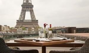 Les Ombres, paris