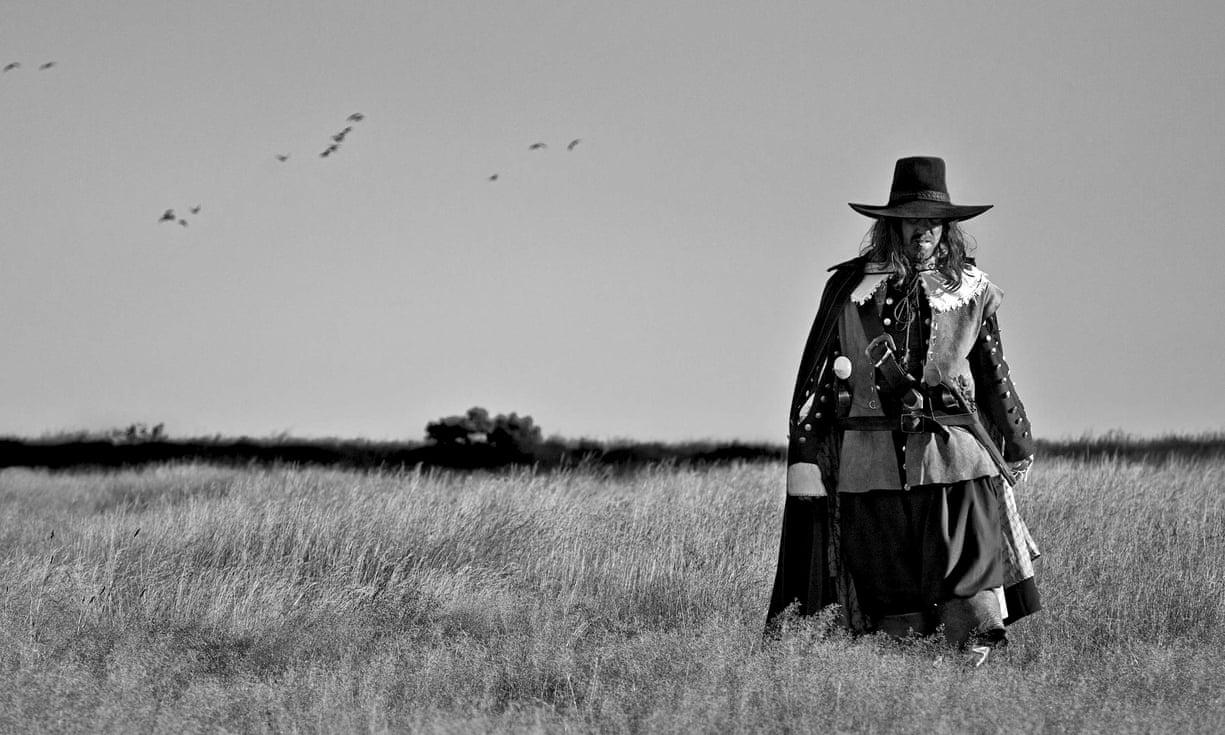 FOTO: Ben Wheatley, A field in England