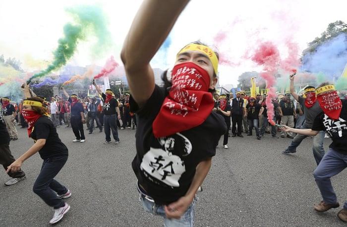 Smoke grenades Taiwan