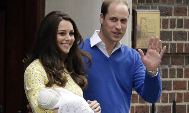 The Duke and Duchess of Cambridge leave St Mary's hospital with their baby daughter