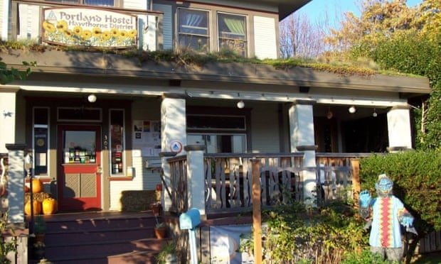 The Portland Hawthorne Hostel features an impressive green roof.