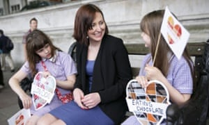 Vicky Foxcroft MP meeting Ruby and Ava (eight) from Lewisham, London.