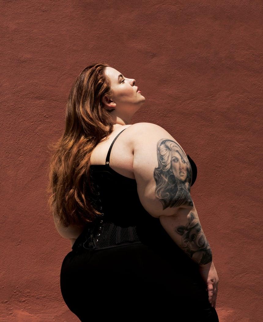 Толстые мужчины и женщины занимаются сексом 29 фотография