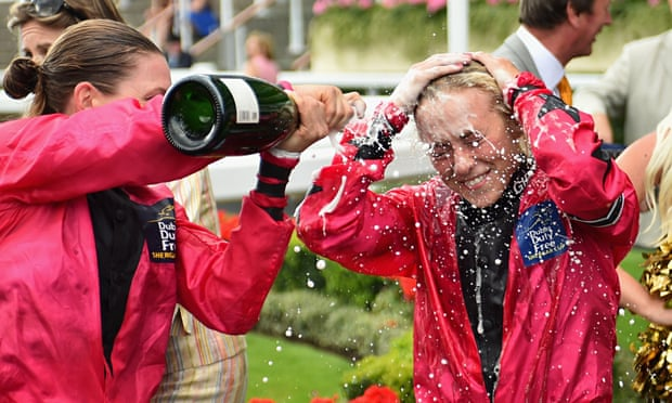 http://i.guim.co.uk/img/static/sys-images/Guardian/Pix/pictures/2015/8/8/1439055102299/Sammy-Jo-Bell-is-sprayed--009.jpg?w=620&q=85&auto=format&sharp=10&s=298248271d6f860a6765e51841e8e506