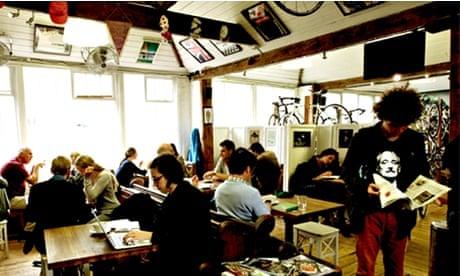 Entretiens réguliers d'un Brompton recommandés  - Page 4 Zappis-Cafe-008