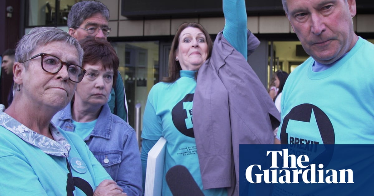 "Résultat de recherche d'images pour ""'A bitter and divided nation?': Owen Jones goes to a Brexit party rally – video"""