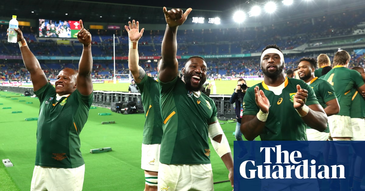 South Africa edge past Wales to reach World Cup final thanks to late penalty – video highlights