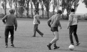 Chelsea youth players train in 1985