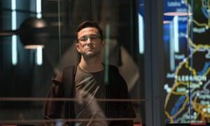 Joseph Gordon-Levitt in Snowden.