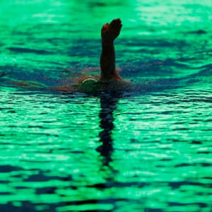 A London Roar swimmer training before the International Swimming League meeting.