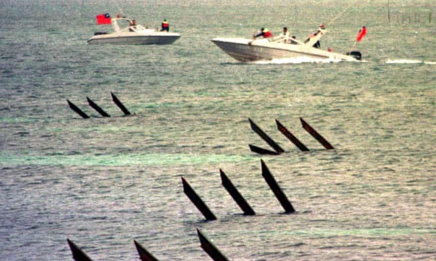 Taiwan coastguard patrol boats along the coast of Pratas Islands 27 January.