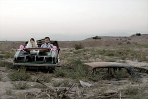 Gohar Dashti, Untitled, Modern Life and War series, 2008. This series is about war and its legacy, which imbue every aspect of contemporary Iranian society. The composition systematically plays on two dissonant registers: intimate scenes of everyday life and a deadly context bearing the signs of conflict.