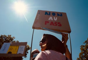 Toulouse: Protesters hold placards during a demonstration against the compulsory Covid-19 vaccination for certain workers