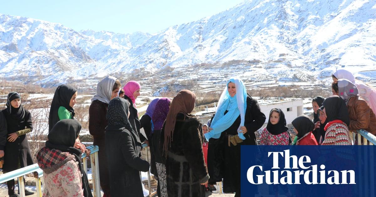 Civilians in Afghanistan's Panjshir valley face humanitarian crisis as Taliban attack