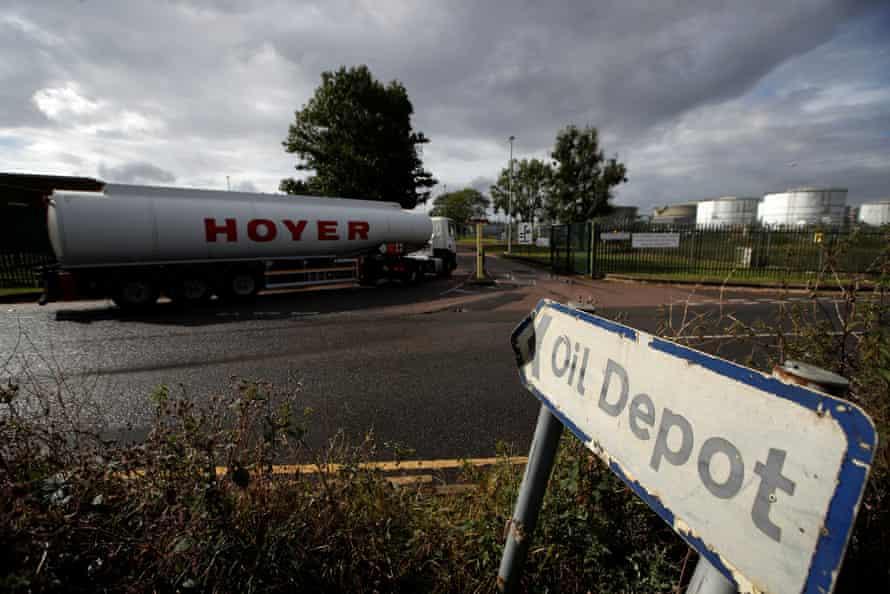 A fuel tanker at the Buncefield Oil Depot in Hemel Hempstead.