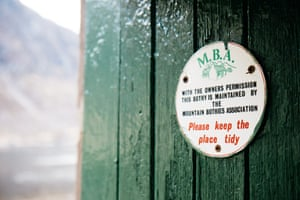 Plaque on the door of a bothy maintained by the MBA