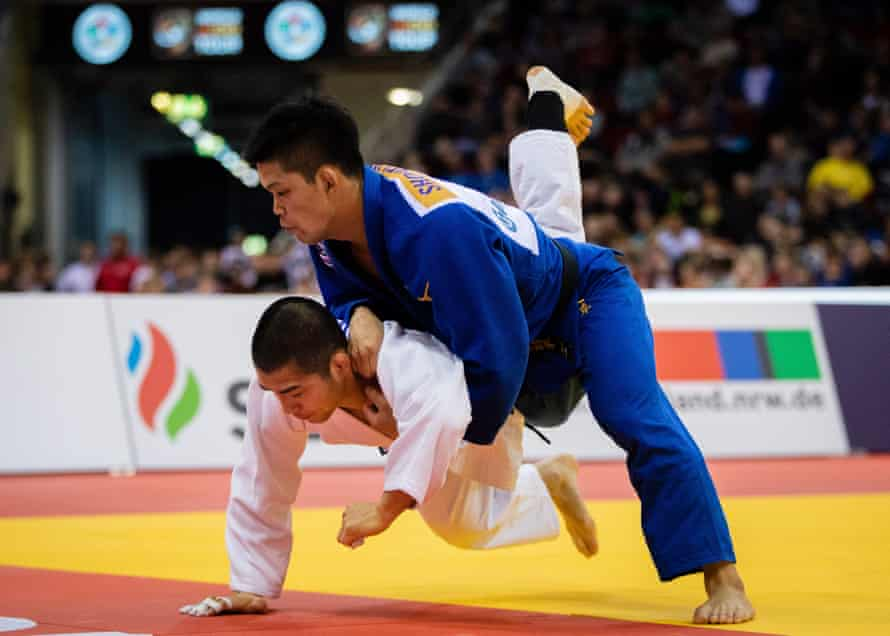Japan's Shohei Ono, pictured here in blue against Changrim An of South Korea, is aiming to defend his Olympic title.