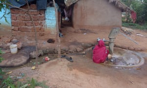 A hand pump with a cracked base in Dhenkenal, Odisha