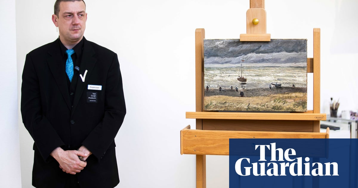 Stolen Van Gogh works return to public display after 17 years