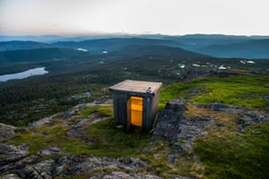 Lavatory with a special view on the flanks of Jonsknuten in Norway