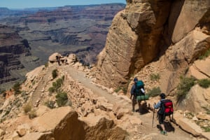Hiking down the Grand Canyon from the south rim