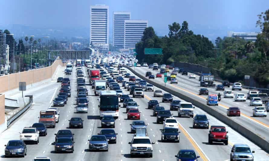 Los Angeles fouth of July weekend holiday traffic.