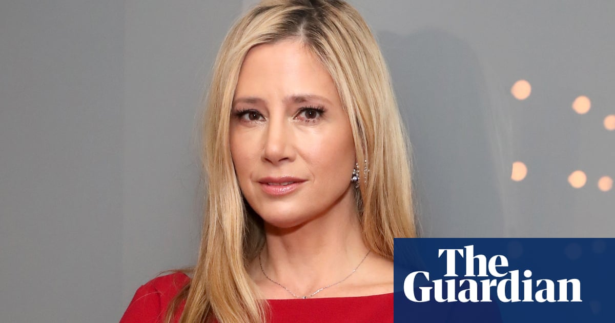 Mira Sorvino: casting director 'gagged me with a condom' at 16
