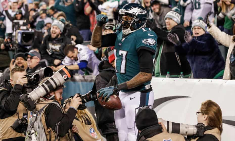 Alshon Jeffery celebrates his first-half touchdown in their romp against the Vikings